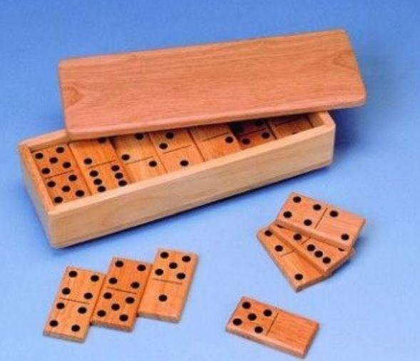 Doomino, nupu mõõtmed 8 x 4 x 1 cm, kummipuu, 5+
