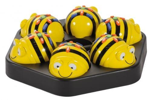Robot Bee-Bot 6 tk koos laadimisalusega