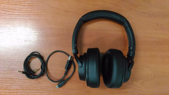 SALE OUT. Audio Technica ATH-SR50BT Headphones, Over-Ear, Wireless, Microphone, Black Audio Technica REFURBISHED USED WITHOUT ORIGINAL PACKAGING, Warranty 3 month(s)